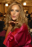th_96535_fashiongallery_VSShow08_Backstage_AlessandraAmbrosio-10_122_1035lo.jpg