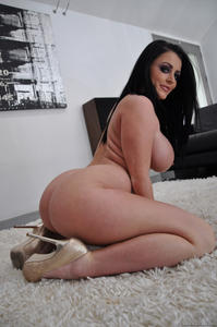 Busty Serving Wench Sophie Dee