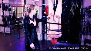 Domina-Bizarre: Amazone Elektra - Teil 1